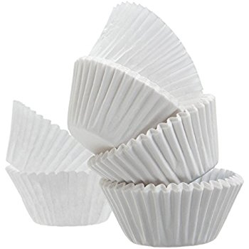 50 COUNT WHITE JUMBO MUFFIN LINERS