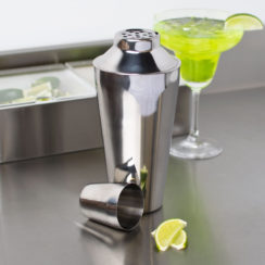3 PIECE STAINLESS STEEL BAR SHAKER SET