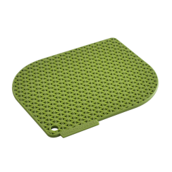 green honeycomb pot holder